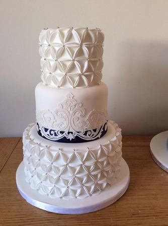 last minute wedding cakes london last minute cakes late availability cake makers essex 16718